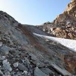 roccia-liscia-rossastra
