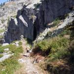 fascia rocciosa in discesa