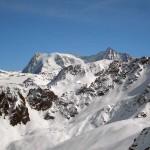 zoomata sul Mont Blanc de Cheilon, a sinistra, e la Ruinette, a destra