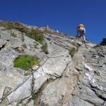 rocce lisce sopra l'ultima scala