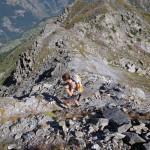 sfasciumi all'inizio della cresta rocciosa