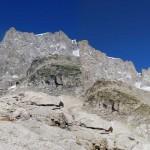 24-cresta di rochefort e colle grandes jorasses da sopra il rifugio