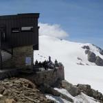 rifugio-e-dietro-l'aiguille-du-chardonnet