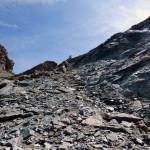 il-pendio-di-rocce-grigie